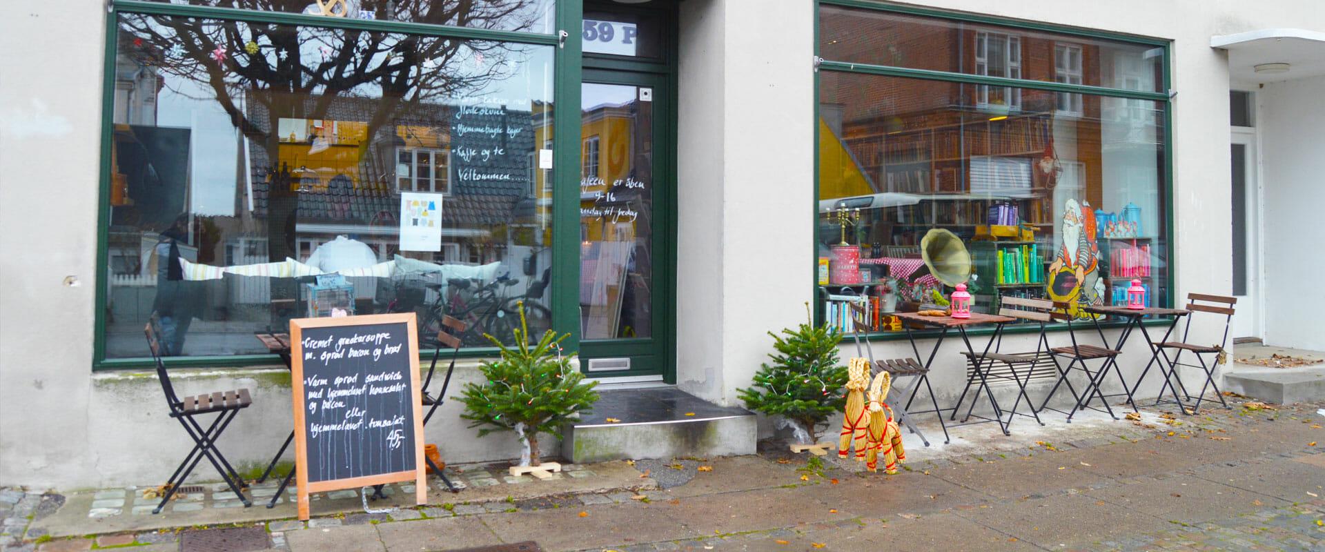 hjuldamperen-baggrund-cafe